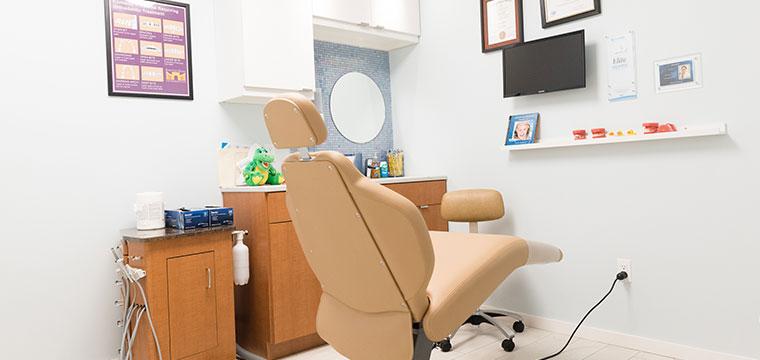 Private clinical room at Manhattan Bridge Orthodontics