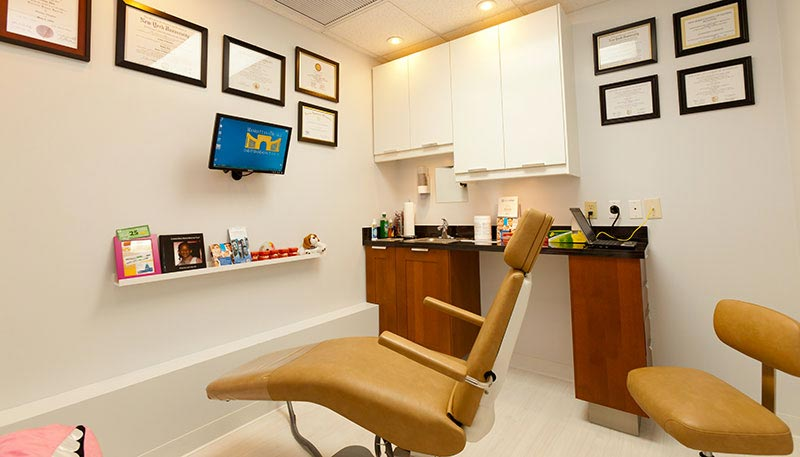 Private consultation room at Manhattan Bridge Orthodontics