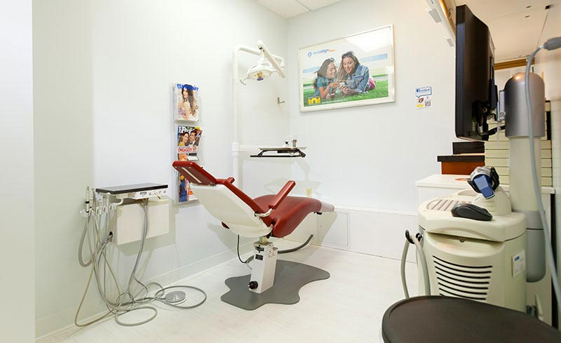 Invisalign treatment area with 3D iTero scanner